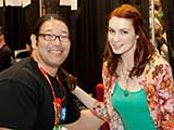 KNTR photographer Bruce Matsunaga happily poses with Felicia Day. © Bruce Matsunaga